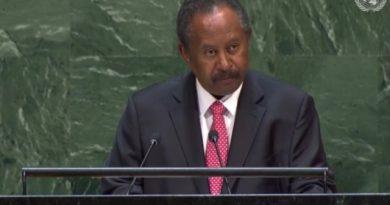 """رئيس الوزراء السوداني:بلادنا ملتزمة  بالقانون الدولي وحقوق الإنسان ومحاربة الظلم وعدم المساواة ـ""""فيديو"""""""